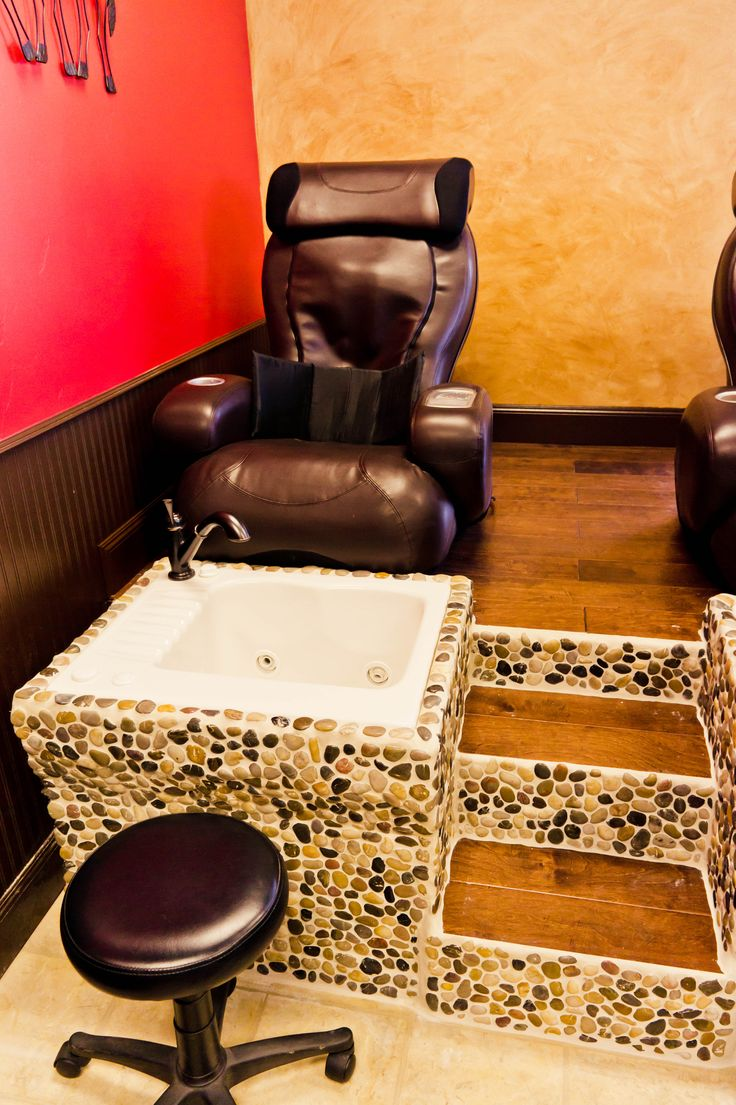 Pedicure Chair Ideas i could relax in a nail salon like this Our Awesome Custom Made Massage Jetted Pedicure Chair T4spa I Joy 2580