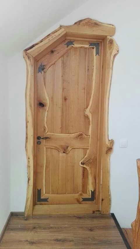 Artisan talentueux : Qu'elle est belle, cette porte!