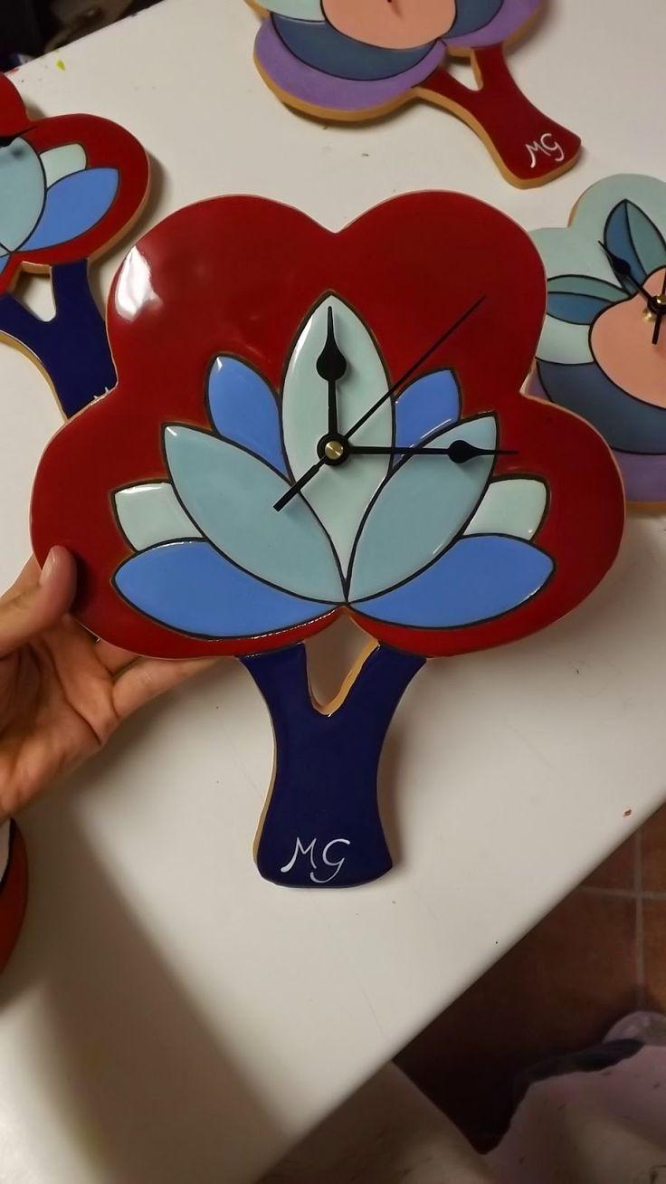 ceramica come mestiere: Orologi da parete in ceramica smaltata. Colorati, ...