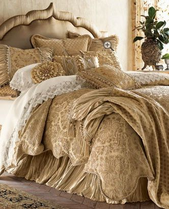 Exquisite.  This is what a bed should look like when it's made.