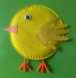 We've got spring fever and can't get enough of cute chick projects! #kidcrafts
