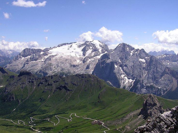 Mount: Marmolada (Punta Penia 3343 m, Punta Rocca 3309 m, Punta Ombretta 3230 m, Monte Serauta 3069 m and Pizzo Serauta 3035 m. Location: Dolomites, Italy.