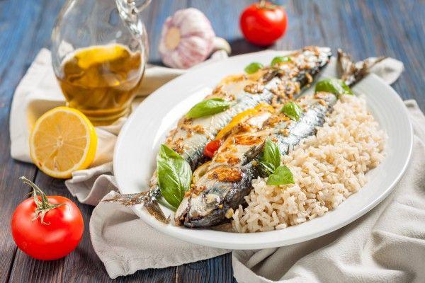 Скумбрия, запеченная в духовке, ссылка на рецепт - https://recase.org/skumbriya-zapechennaya-v-duhovke-2/  #Рыба #блюдо #кухня #пища #рецепты #кулинария #еда #блюда #food #cook