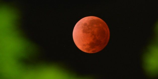 Lunar Eclipse Oct 8th starting 6:25 AM EDT, so 3:25 AM PDT. In the United States, it's best seen on the West Coast.