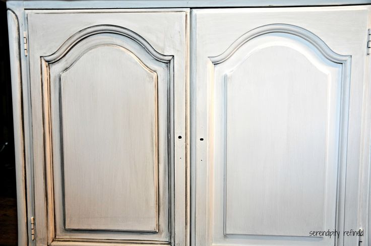 chalk painted distressed white cabinets | +LaCraie+Chalk+Paint+Painted+Cabinet+Furniture+Makover+Magnolia+White ...