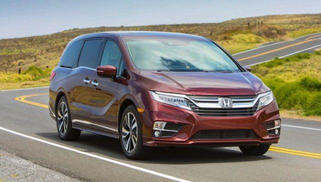 Honda Will Introduce To The World The Refreshed 2021 Odyssey Minivan The Place Of The Premiere Is The 2020 New Yor In 2020 New Honda Odyssey Mini Van Honda Car Models