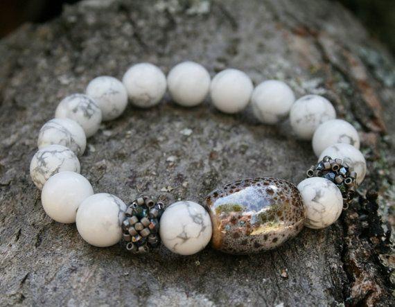 howlite bracelet, gemstone bracelet, ceramic bracelet, white bracelet, beaded bracelet, seed bead bracelet, beadwork, bracelet for her