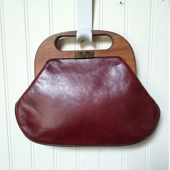 $40 Gorgeous burgundy leather vintage purse by Etienne Aigner.