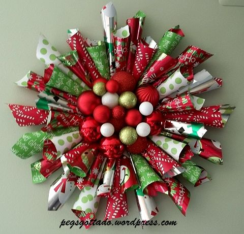 Best 25+ Paper wreaths ideas on Pinterest | Flowers with paper ...