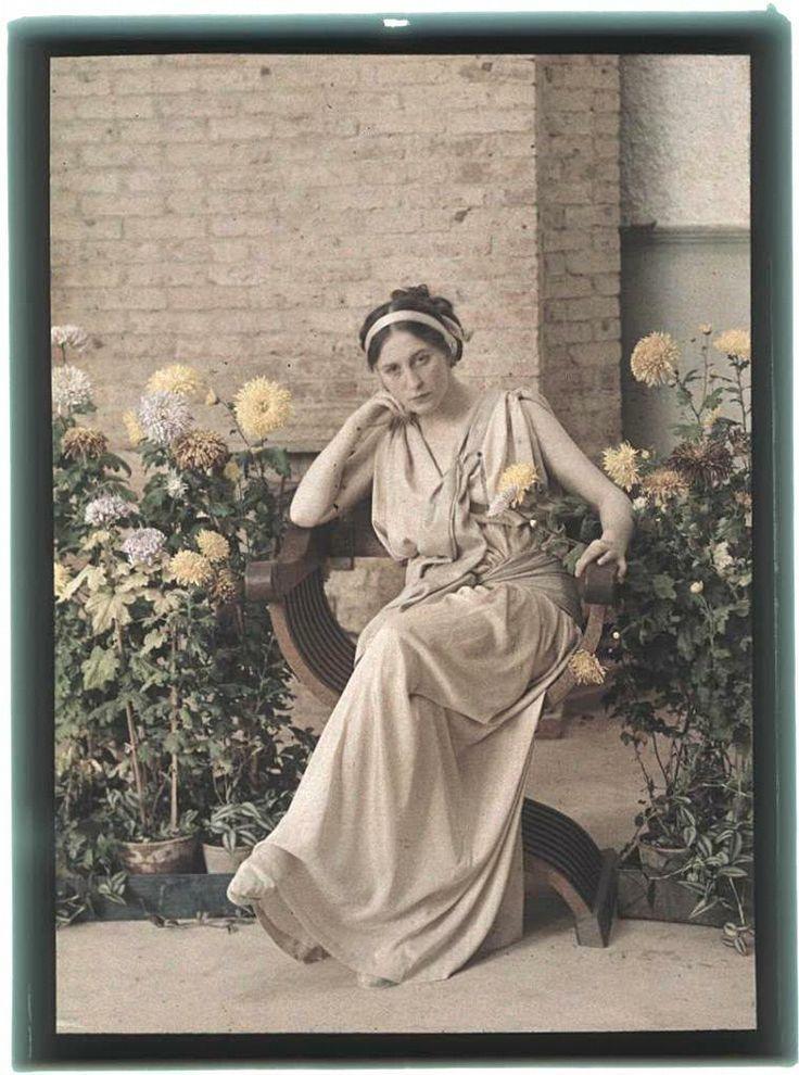 Mottó: A kerti virágok fuvallatai Megjelenés: 2007 Milyen: Női Karakter: Virágos Illatjegyek: Fej: Fű, mandarin,