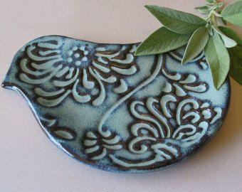 Poterie oiseau plaque - oiseau en forme de cuillère - plat de cuisson Prep - Blue Bird ou rustique Colombe Blanche - porte-savon - en stock