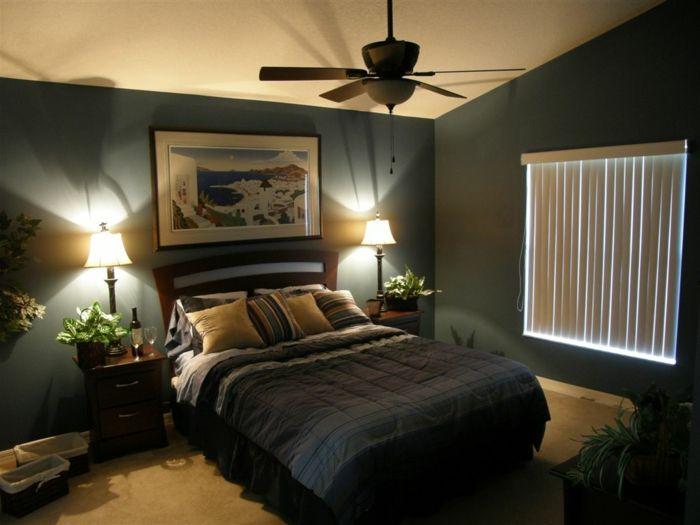 idée déco chambre parentale, mur de couleur gris fonc, plante verte dans la chambre à coucher