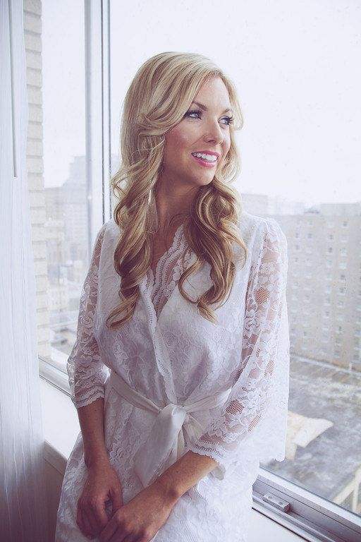18 best beautiful wedding robes images on Pinterest | Bridal ...
