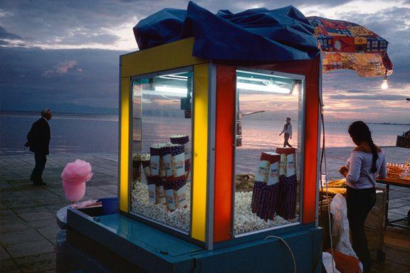"""Alex Webb - """"Thessaloniki, Greece, 2003"""""""