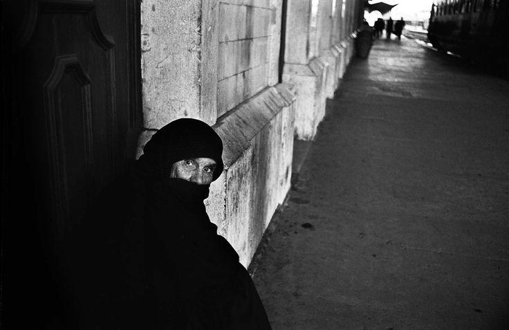 RAILROAD STATION; LISBON, PORTUGAL | NEAL SLAVIN PHOTOGRAPHY