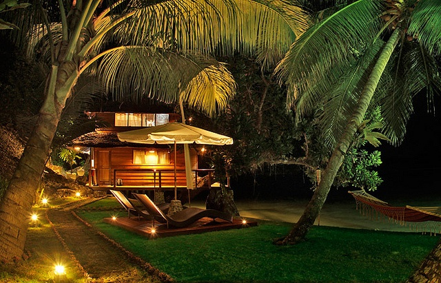 Beach side #Bungalow at the Telo Island Lodge in Sumatra.