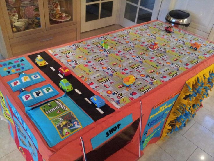 Tafeltent/ Bovenkant auto speelmat