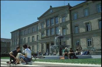 Dünyanın en eski üniversiteleri -Eberhard Karls Universität TÜBINGEN Germany  Kuruluş yılı:1477