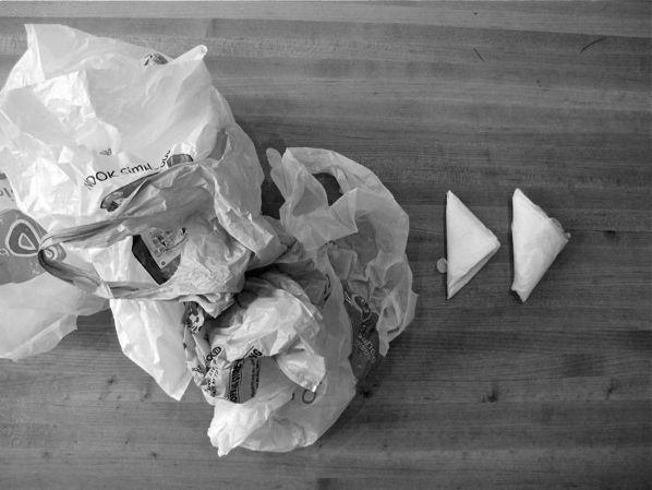 too many plastic bags? Fold em tutorial