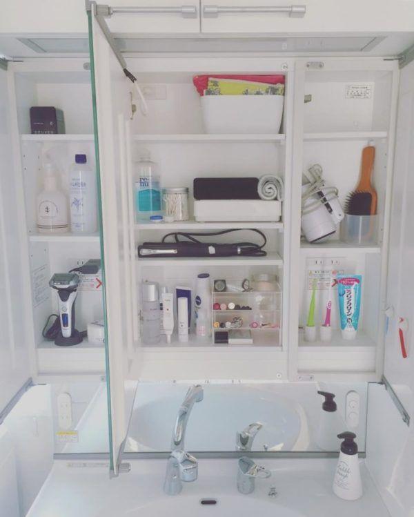 洗面台の鏡裏は100均のアイテムで整理整頓 おすすめの収納法8選 Folk 収納 アイデア 収納 洗面台