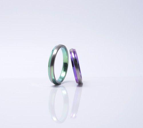 栃木県からお越しのT様ご夫婦が選ばれた結婚指輪|十日夜。耐久性に優れたチタン素材です。詳しくは、館林工房スタッフブログ「個性が光る結婚指輪♡」でご紹介。