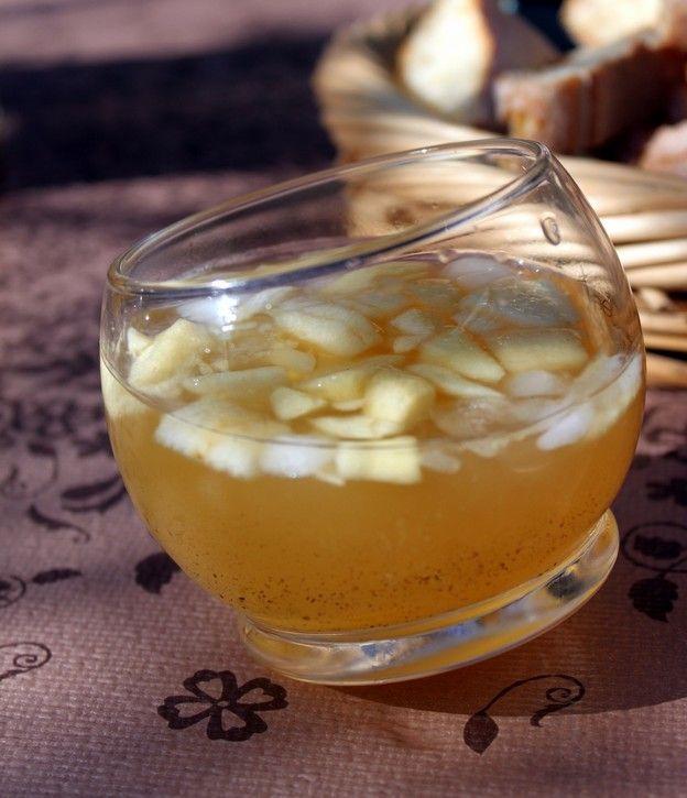Ambroisie (Orange + pomme + cannelle + sucre + eau de fleur d'oranger + vin blanc sec)