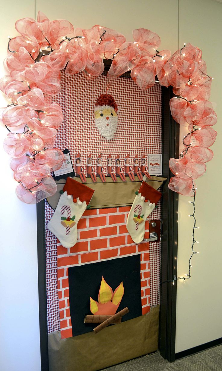 The 25+ best Decorated doors ideas on Pinterest ...
