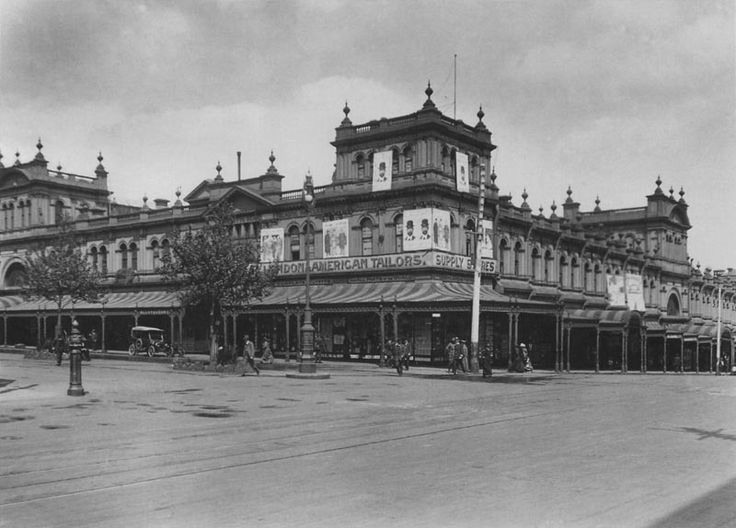 The New Eastern Market opened 22 December 1879 and was demolished in 1960. It was located at the south-west corner of Bourke and Exhibition Streets.