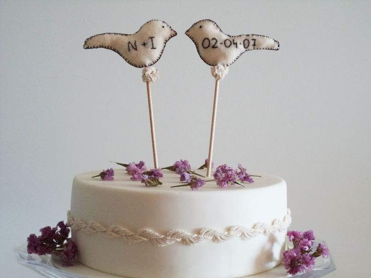 Felter birds cake topper