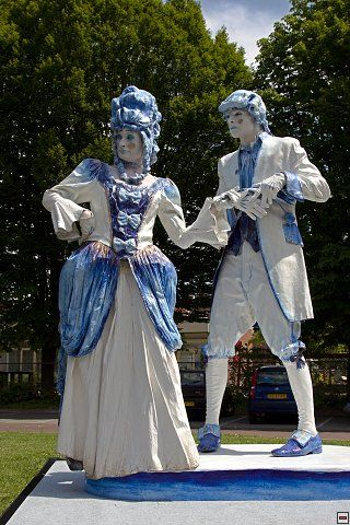 Delfts blauw levend standbeeld