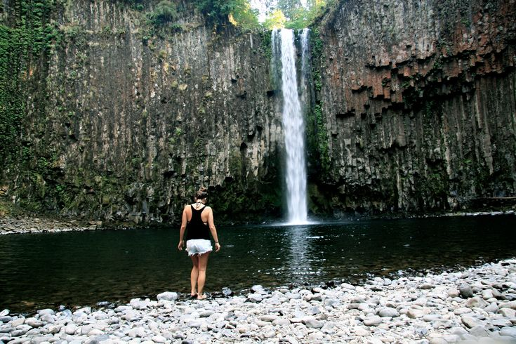 List of 10 Beautiful Spring Hikes in Oregon. (Pictured: Abiqua Falls)