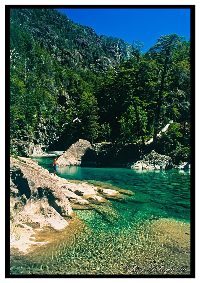 Río Azul, El Bolsón, Prov. Río Negro. Argentina