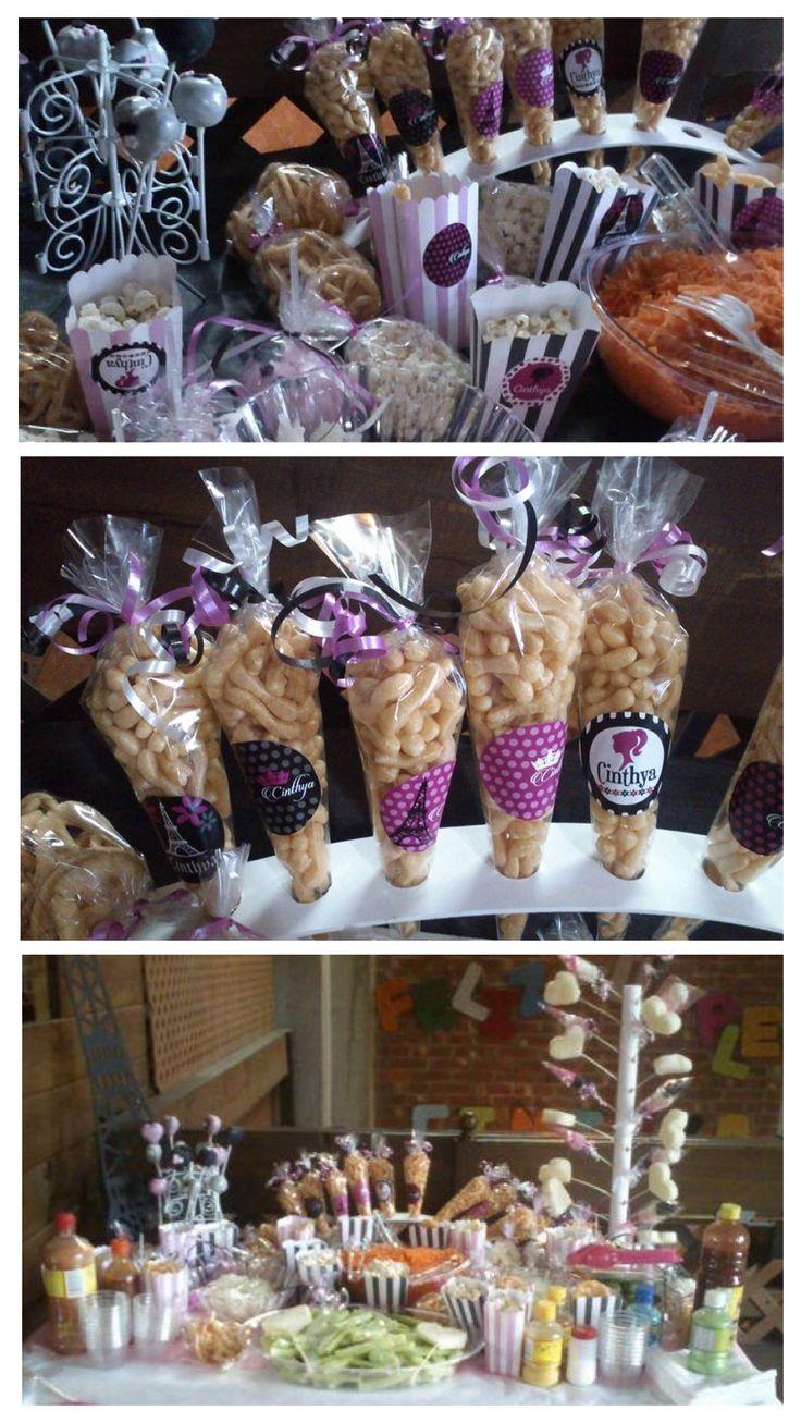 Diseño, pre prensa e impresión de etiquetas para mesa de dulces con temática de Barbie en Paris.