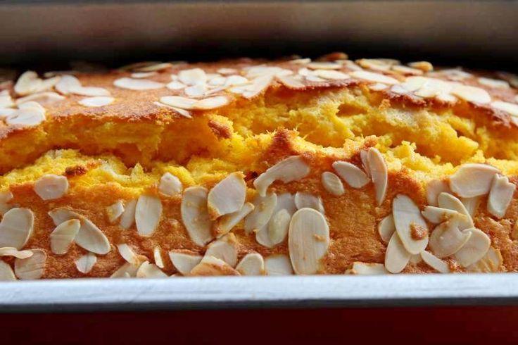 Deze zachte pompoencake is lekker en ook nog eens makkelijk te maken. Varieer…