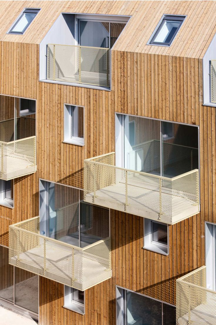 Image 9 of 28 from gallery of 34 Social Housing Units In Bondy / Atelier Du Pont. Photograph by Luc Boegly