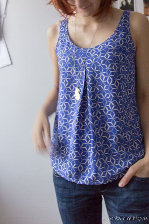 Blue Sorbetto Top in cotton+steel rayon: Flow | naehzimmerblog.de