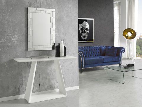 En verano o en invierno, en #DugarHome somos mucho de los muebles en blanco: luminosos, elegantes, atemporales y 100% combinables con todo.   #diseño #hogar #decoración #interiores #DugarHome