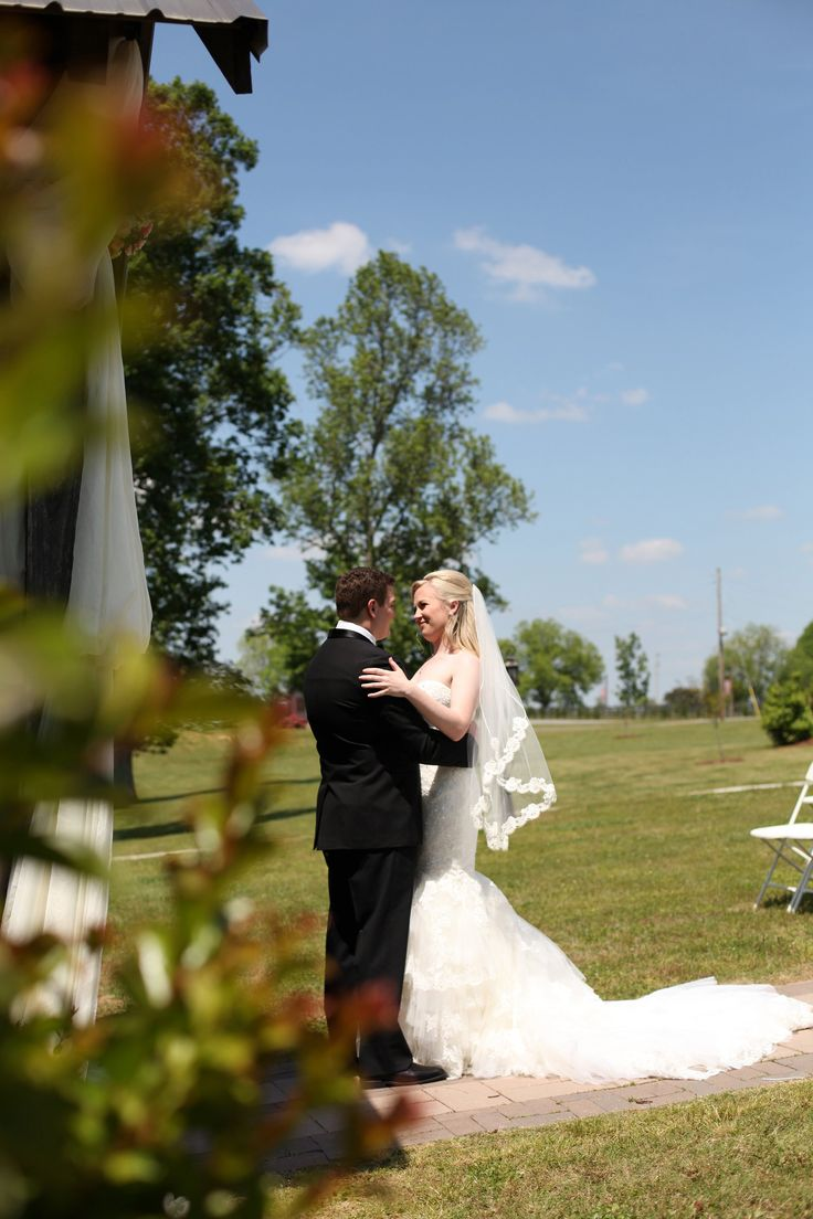First Look Photos North Alabama Wedding Photography Stone Bridge Farms Cullman Al
