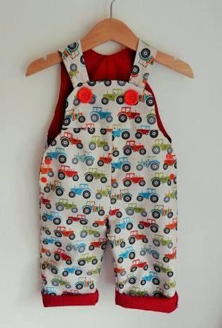 Resultado de imagen para baby girl dungarees outfit ideas