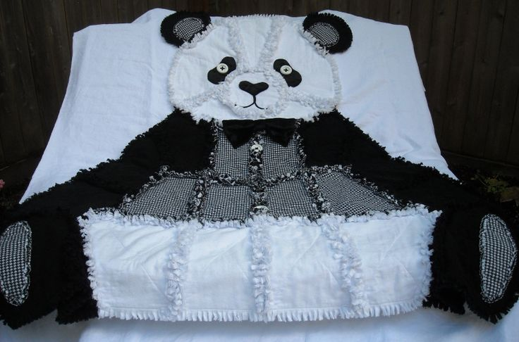 Rag Quilt Animal Patterns : 1000+ ideas about Panda Quilt on Pinterest Quilts, Monster High Beds and Paper Pieced Quilts