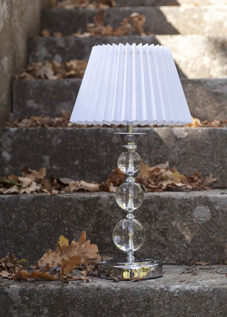 Pentik Helmiina Lampstand | Helmiina lampstand is made of silver-coloured metal and glass.