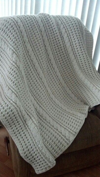 Crochet cabled afghan
