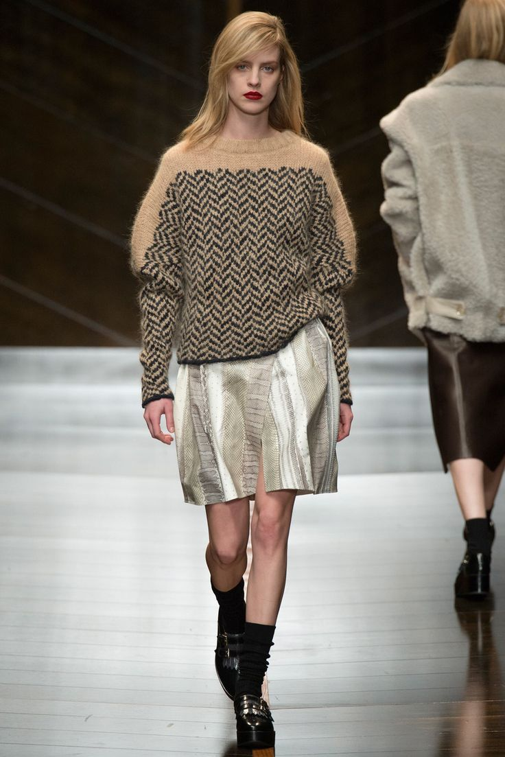See the complete Trussardi Fall 2014 Ready-to-Wear collection.