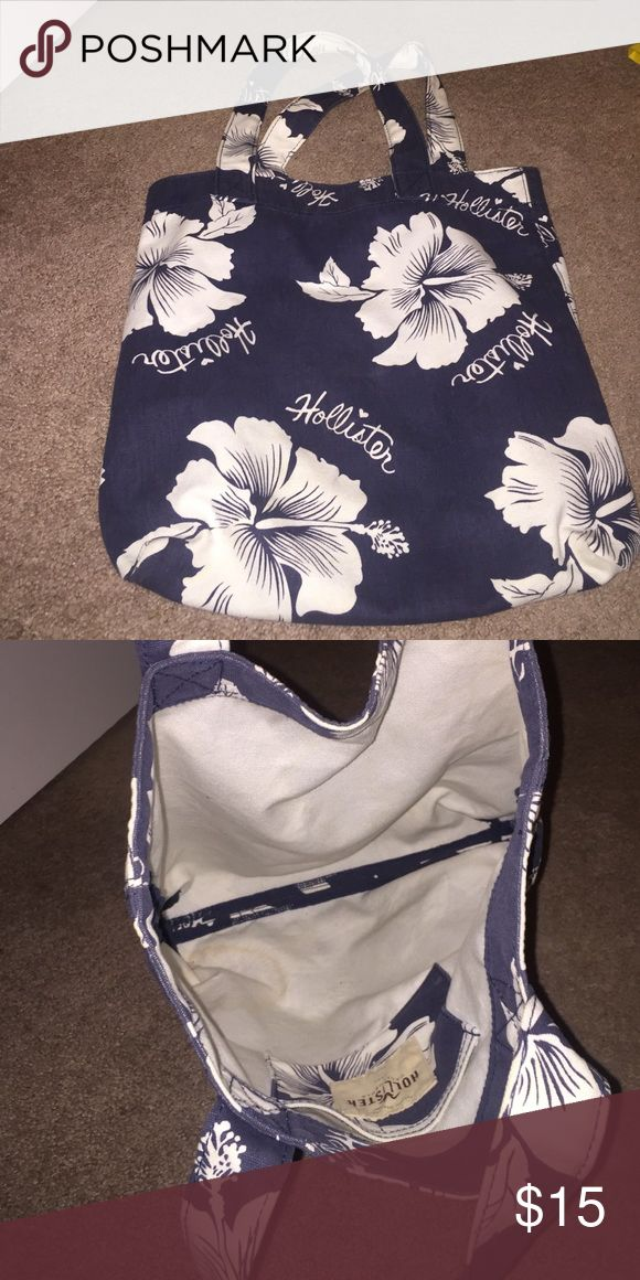 Hollister tote bag Spacious shoulder bag Hollister Bags Totes