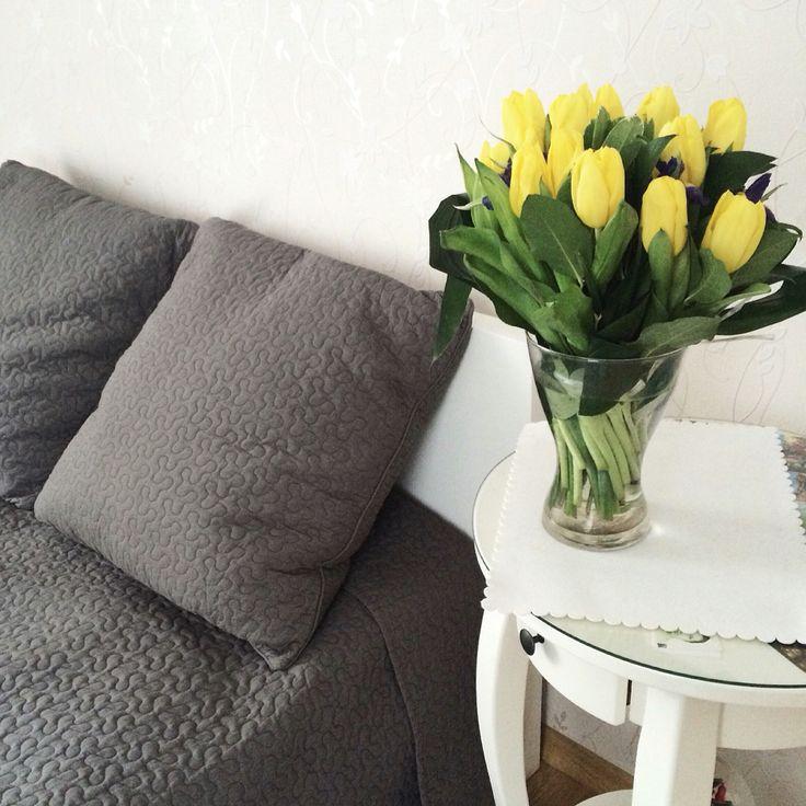 Morning, flowers, bed vsco