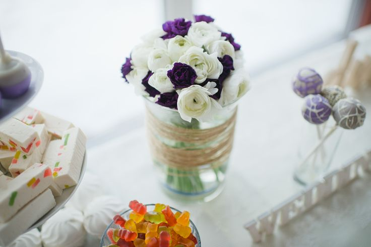 candy bar with flowers