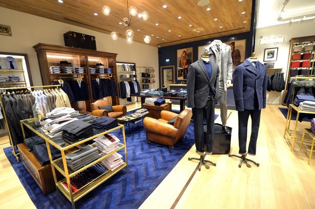 In the Tommy Hilfiger shop there will be reductions from Thursday to Sunday