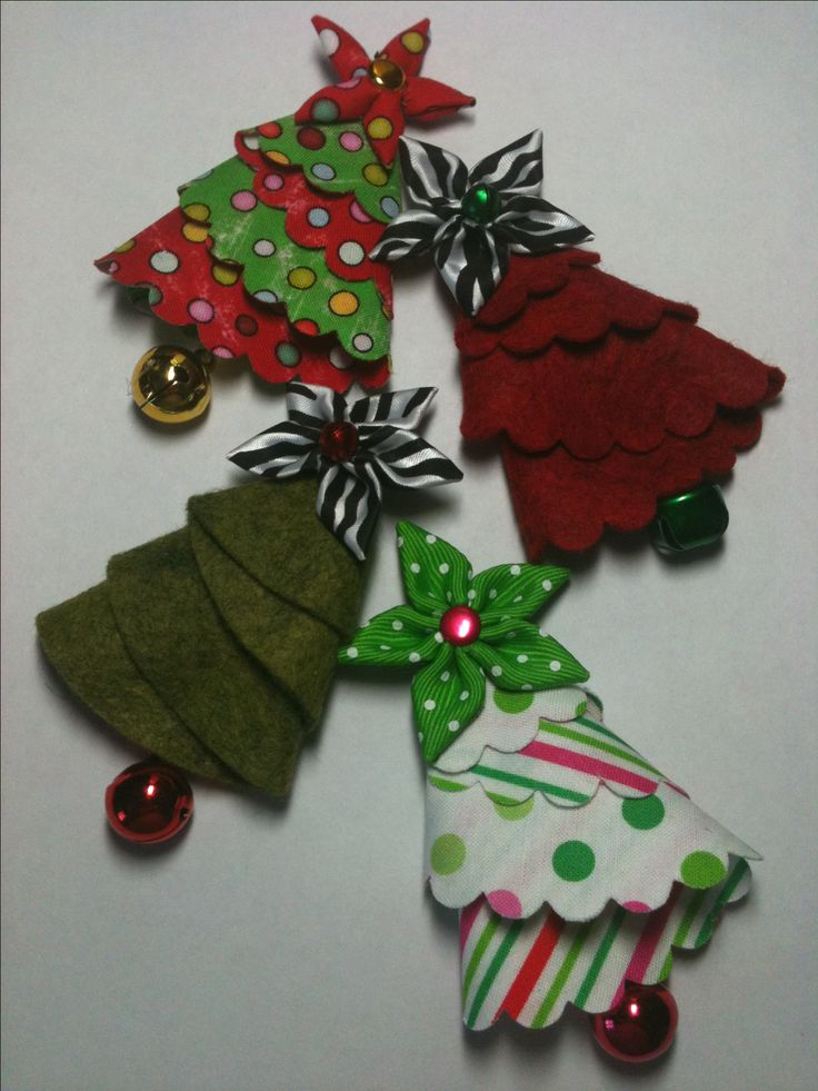 I could probably make these into hair bows! ;) ~~~ Fabric / felt Christmas Tree Pin