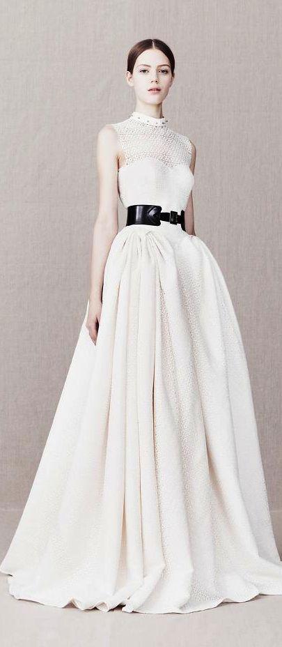 Best 25 Alexander Mcqueen Wedding Dresses Ideas On Pinterest