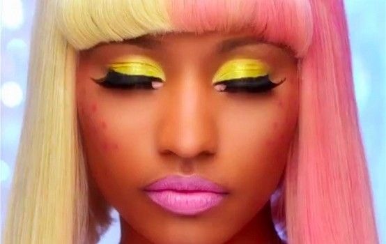 nicki minaj makeup - I would do this if I could pull it off